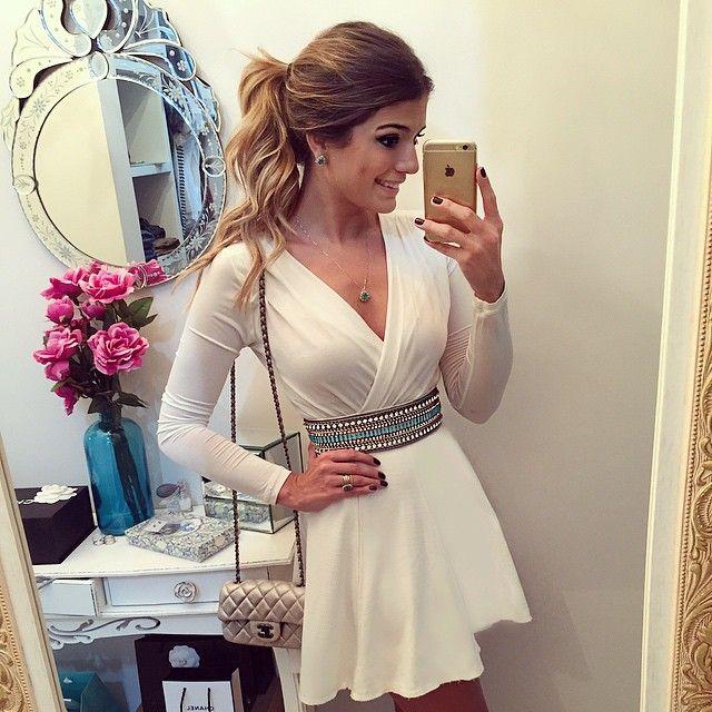 Estreando meu cinto bordado @magdaocchi_acessorios com look total white que eu amo!! #lookdanoite #lookofthenight #selfie #blogtrendalert