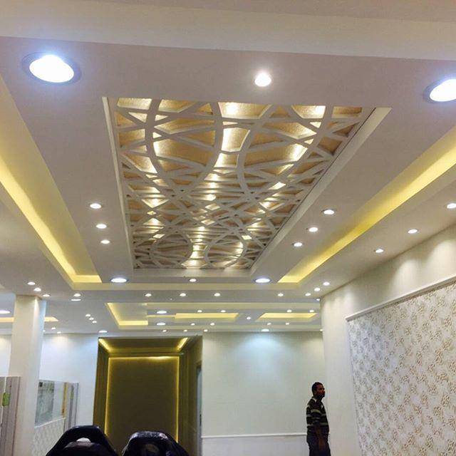 تصميم جبس تنفيذ ديكورات جبس جبسية تبادل اعلاني جبس مودرن تنفيذ Classic Interior Design Living Room Ceiling Design Bedroom Bedroom False Ceiling Design