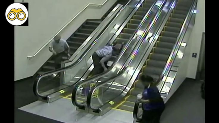Accidente en escalera mecánica de aeropuerto