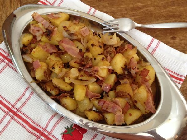 Πατάτες με κρεμμύδι και μπέικον