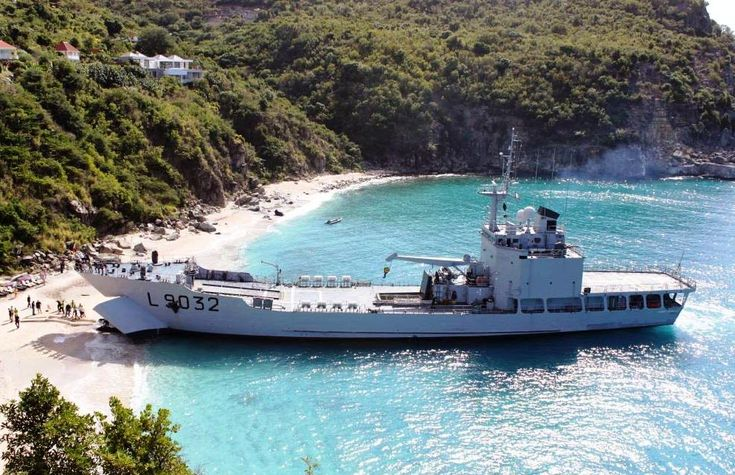A bord du bâtiment multi-missions (B2M) D'Entrecasteaux | Mer et Marine