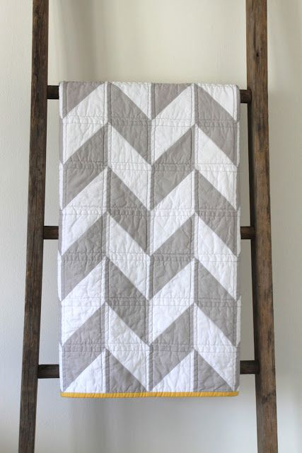 craftyblossom: gray and white herringbone with Awesome yellow binding. Love the contrast