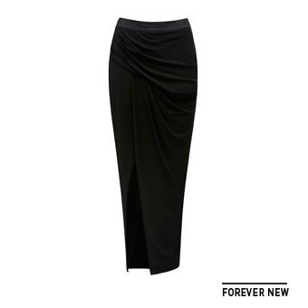 Keep it simple with this long black skirt from @forevernew @westfieldnz #fashionfeast