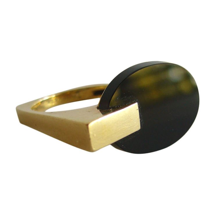 TIFFANY & Co. Gold and Onyx Ring