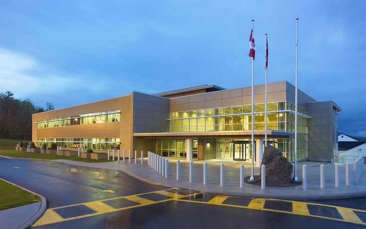 Atomic Energy Canada Limited - NORR improved functional efficiencies and enhanced the sense of community and employee camaraderie by consolidating previously segregated staff within a single 3-level central facility.