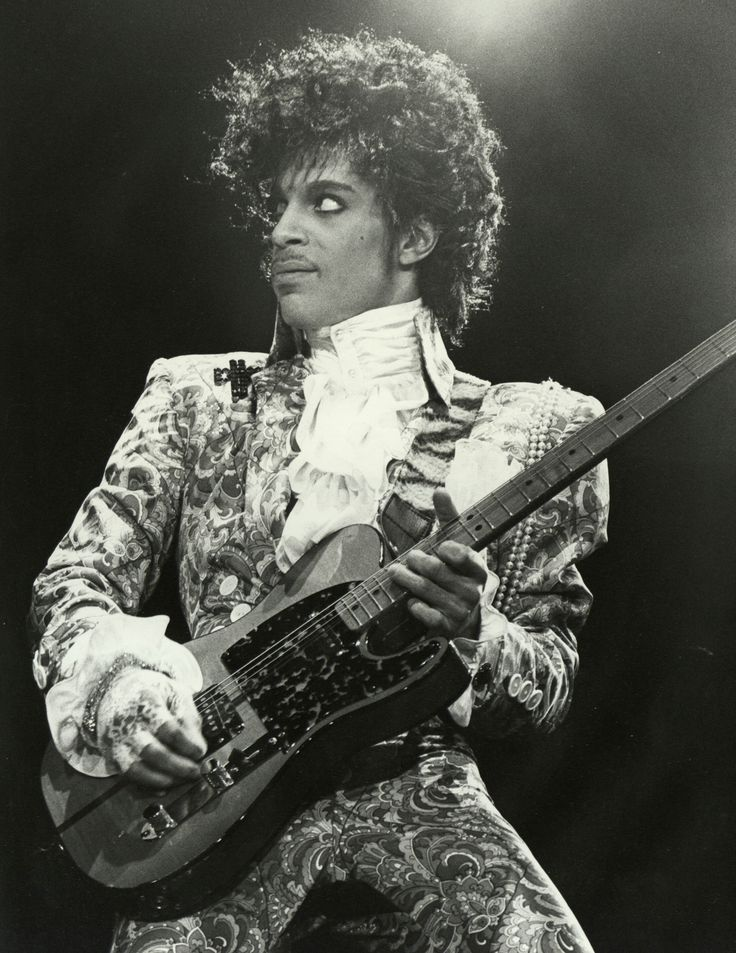 Prince's New Passport Photo and 6 Things to Know Before Renewing ...