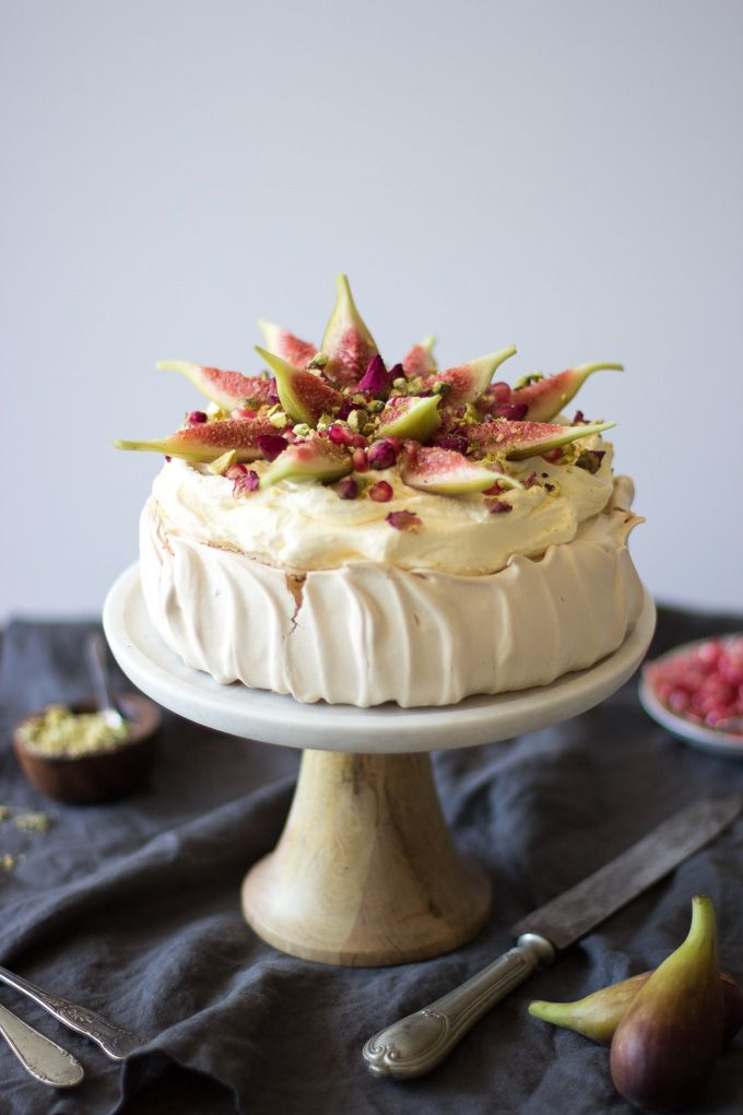 Brown Sugar Pavlova with Figs | A classic Australian recipe gets dressed up with exotic middle-eastern flavours for a truly special fusion dessert. | Recipe from Matters of the Belly