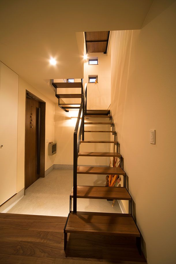 CASE 261 | カフェの様なチョコレート色の家(大阪府枚方市) |ローコスト・低価格住宅|狭小住宅・コンパクトハウス | 注文住宅なら建築設計事務所 フリーダムアーキテクツデザイン
