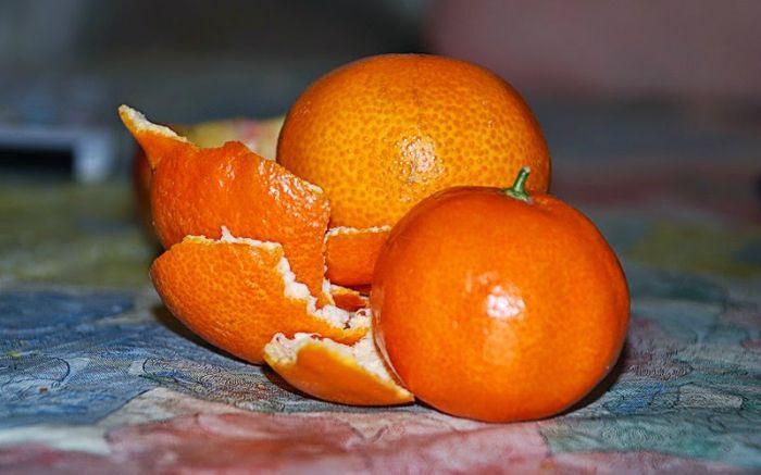 Mandarínky, totiž nie sú dobré len na jedenie, ale tiež na očistu domu a sú zdraviu prospešné.