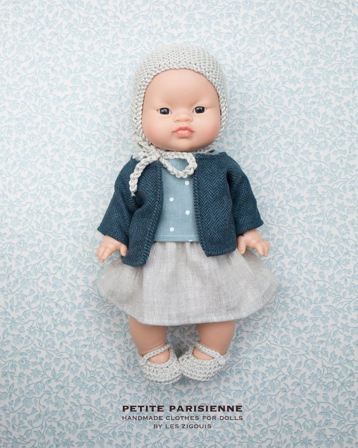 Girl%20doll%20+%20top(washed%20linen)+cap(cotton)+%20skirt(washed%20linen)+shoes(cotton)+vest%20(mixed%20wool)Our%20clothes%20are%20100%%20handmade%20in%20our%20studio,%20France.%20made%20in%20limited%20quantity%20About%20doll:%2034c...