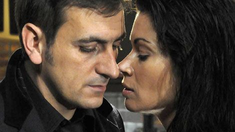carla connor and peter | Superfast 4G Phones & Fibre Broadband UK | 4GEE Mobile Network | EE