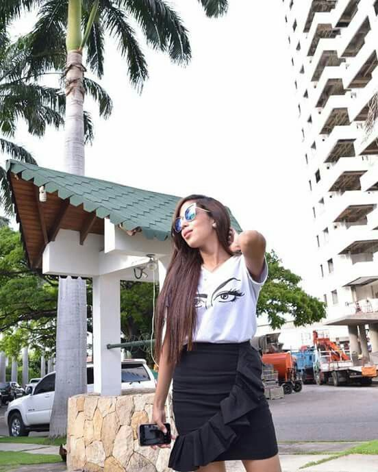 Falda con volantes negra y T-shirt exclusiva ZAMERA https://www.instagram.com/zamera.fashion/