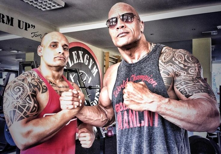 <b>Can you smelllllllll what The Rock is cooking in the kitchen with his giant arms and legs and body?</b>