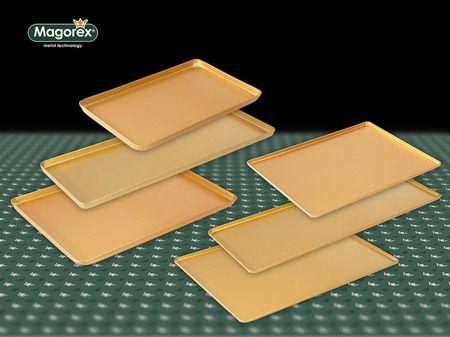 MAGOREX - tace wystawowe tłoczone, aluminiowe, złoty anodowany.