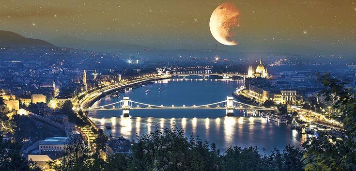 Gellert Hill- Budapest by MEHMET ONUR ÜSTÜNEL