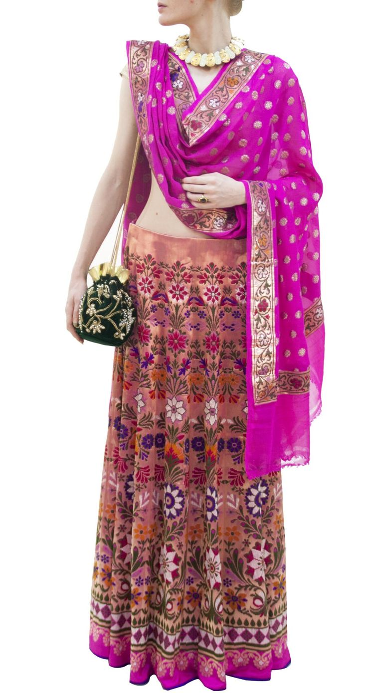 Lehenga gold zari zardozi indian weddings bride bridal wear www.weddingstoryz.com details EKAYA Fuschia Kadhuan Kalidaar woven lehenga perniaspopupshop.com