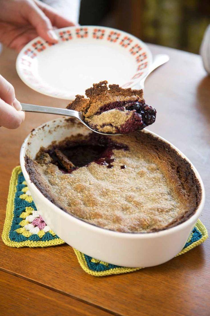 Mustikkakukko yhdistää suomalaiset maut: rukiin ja mustikan. Tee helppo mustikkajälkiruoka vaikka lasten kanssa.