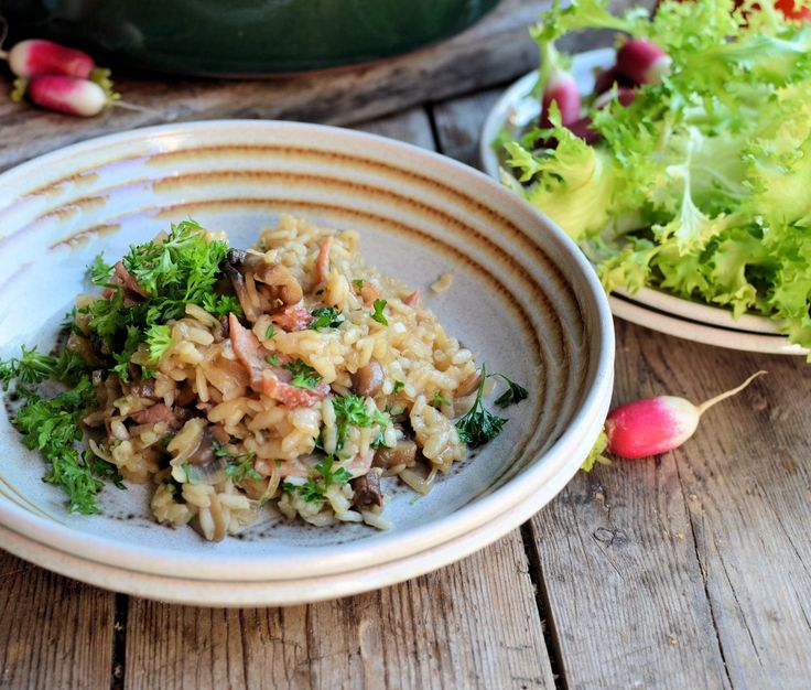 ONLY 380 calories! Bacon, Wine and Risotto on a Diet! Easy Baked Bacon and Mushroom Risotto Recipe (5:2 Diet)