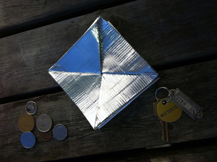 Silver duct tape wallet by 0815 on Etsy https://www.etsy.com/listing/92244758/silver-duct-tape-wallet