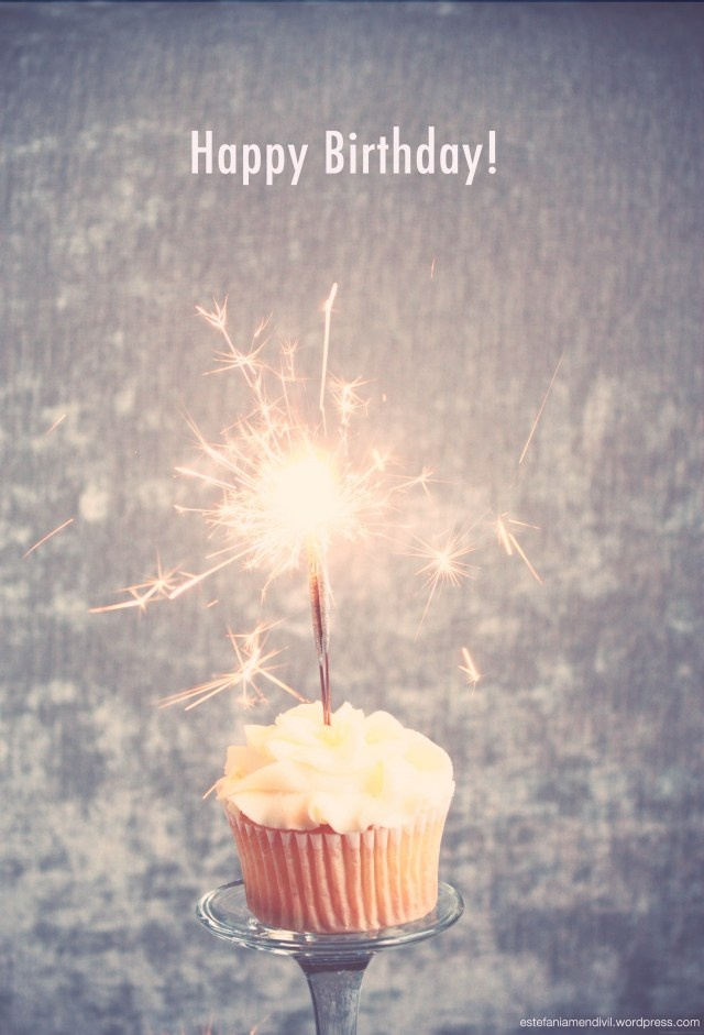 Happy Birthday Cupcake Sparkle Pic
