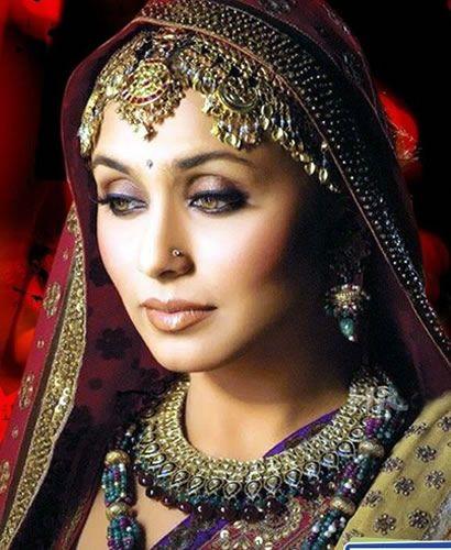 cleopatra as wonder woman | Rani Mukerji-