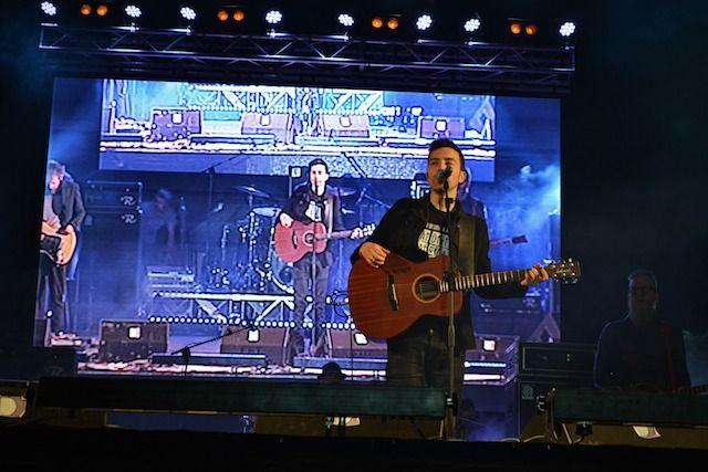 Gli scatti più belli del #concertodel #1maggiotaranto ! #diodato #music#sound #friends #people #live#love #photo #accessibility#movidabilia #movida #concert#performance