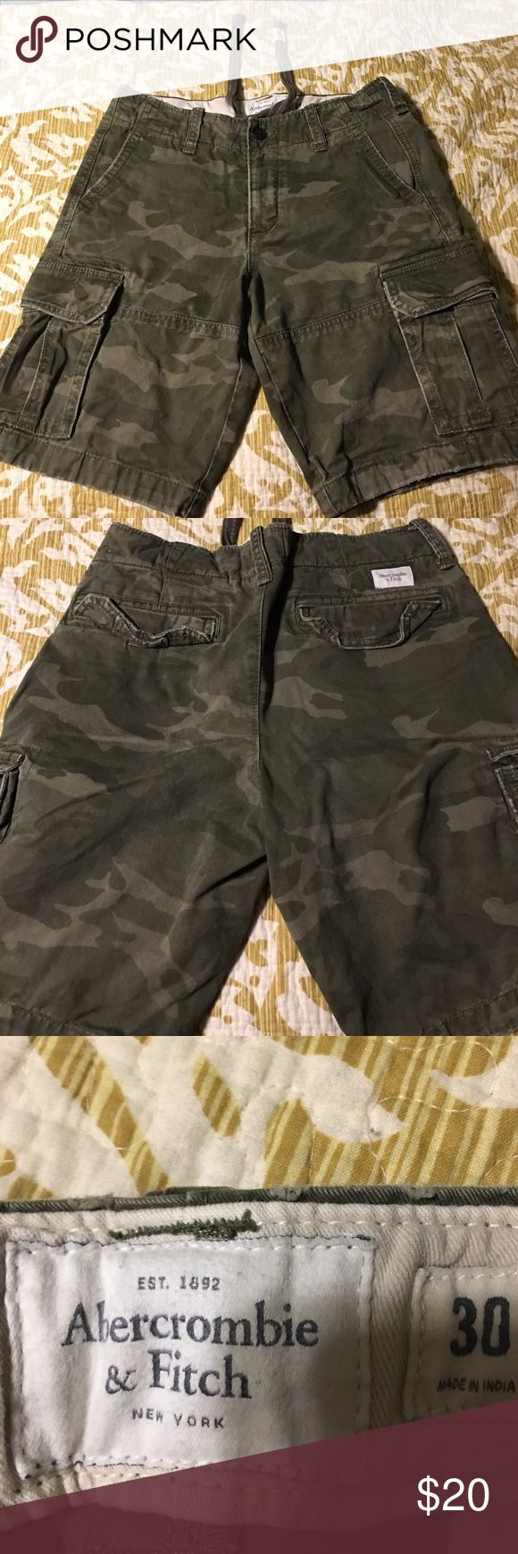 Abercrombie men's camouflage shorts size 30 Nice pair of size 30 waist men's shorts. Camouflage material, button fly, made of 100% cotton and have several pockets. May have worn once and have no rips or stains with tie at inside waist area. Abercrombie & Fitch Shorts Cargo