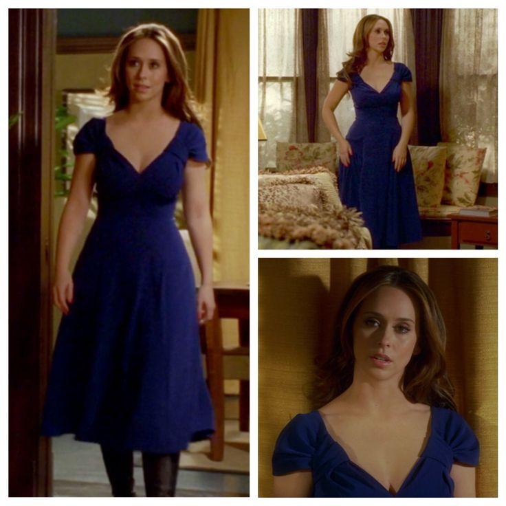 """Melinda Gordon's (Jennifer Love Hewitt) blue dress on Ghost Whisperer Season 3 Episode 12 """"First Do No Harm"""""""