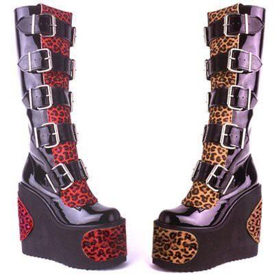 Ботинки готика