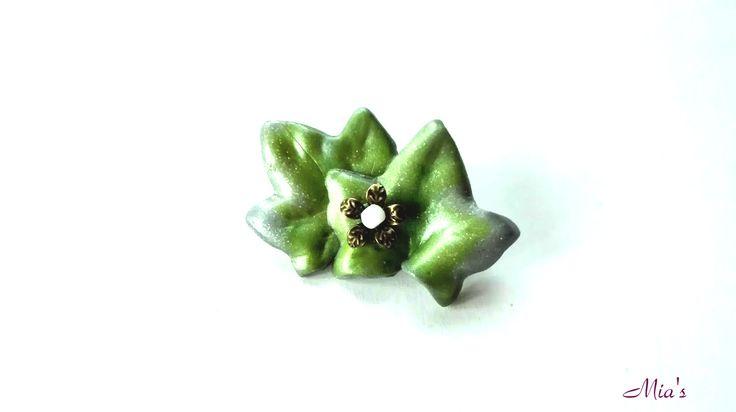 Brooch  #fimo #brooch # Christmas #leafs