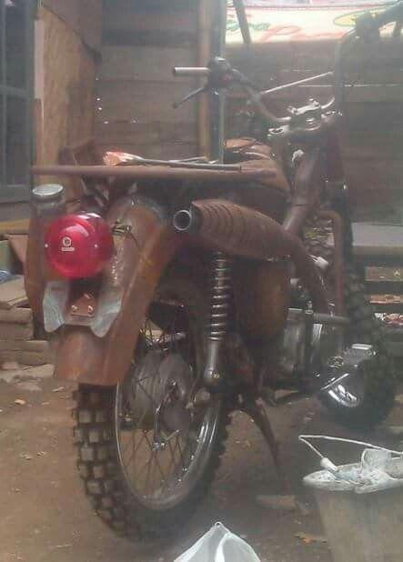 Honda c86