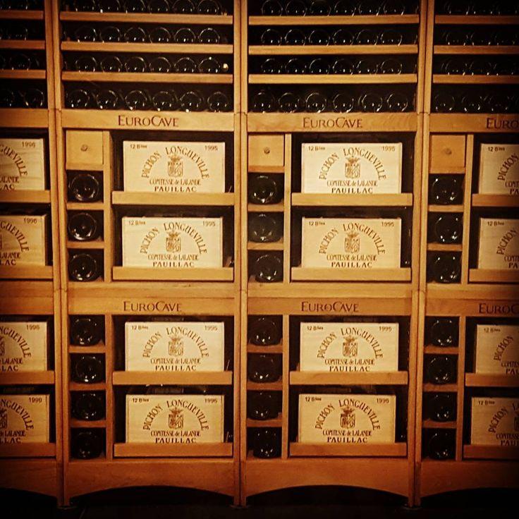 #chateaupichon #chateau #pichon #pauillac #bordeaux #instachateau #wine #vineyard #instawine #winelover #winelove #wines #winebordeaux #winered #winegram #france #winefrance #instafrance #instavineyard #medoc #instamedoc #hardwork #photooftheday #pruninguys