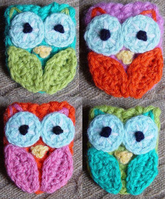 4 crochet owl pins