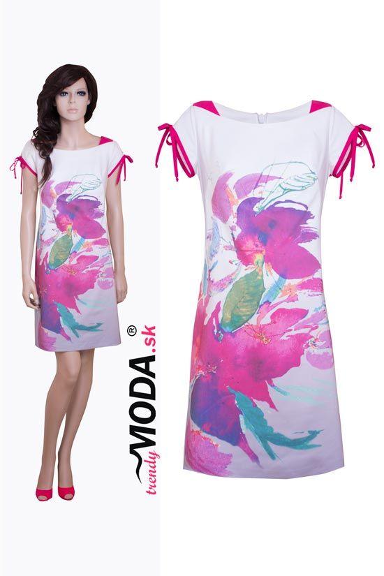 Krásne letné dámske šaty s potlačou kvetov– trendymoda.sk