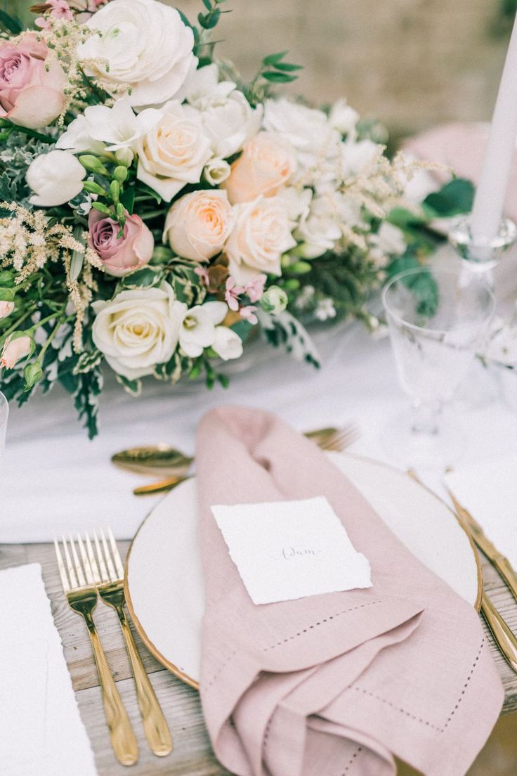 Romantic Table Scape With Roses And Pink Linens   Arabella Smith Fine Art Weddings #napkin #placesetting #wedding #menu