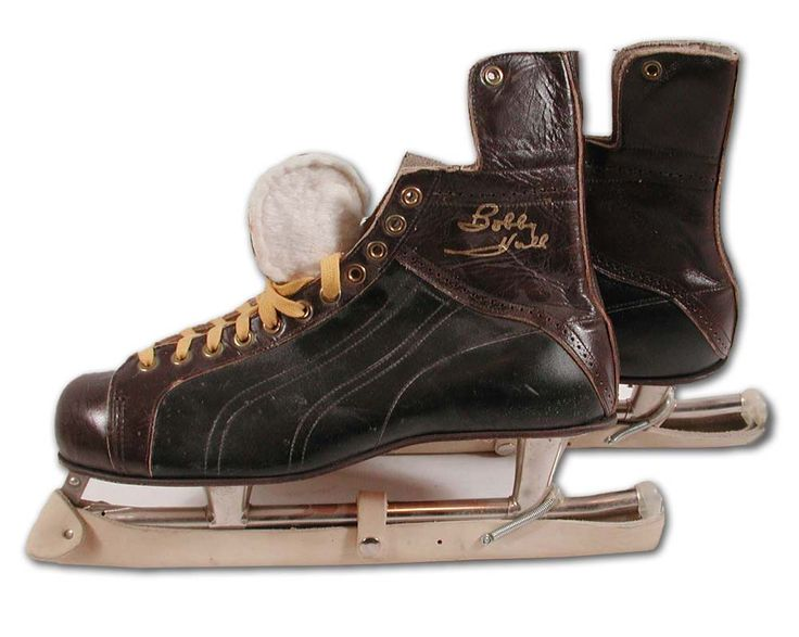 1960's Bobby Hull Store Model Endorsed Bauer Skates. Hull played 25 Seasons in the NHL/WHA (1955-1980) and had 2017 points total