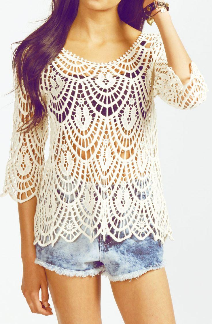 I love the crochet shirt but needs a shirt under      ♪ ♪ ... #inspiration #diy GB http://www.pinterest.com/gigibrazil/boards/