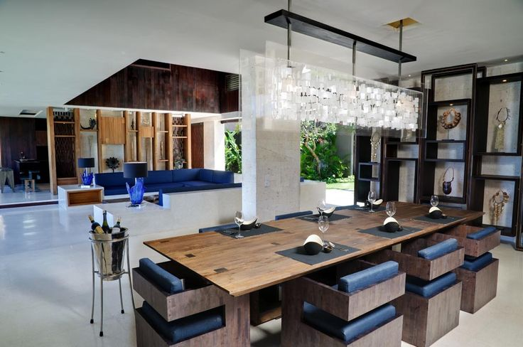 Villa Jamadara offers the comforts of indoor living, without the restrictions with removable blinds. #semarauluwatu #bali