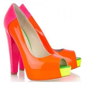 оранжевые неоновые туфли
