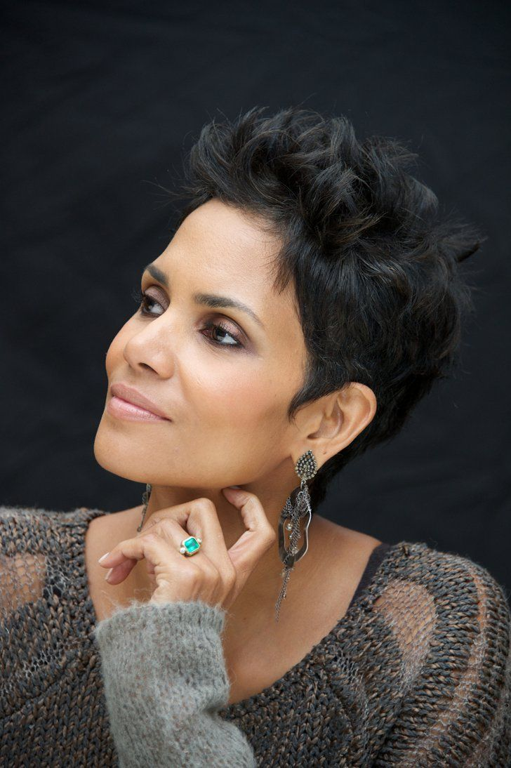 Pin for Later: 18 Stunning Nontraditional Celebrity Engagement Rings Halle Berry