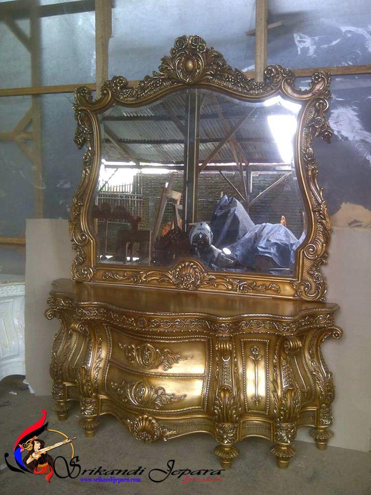 Meja Rias Ukir Klasik Mewah Gold