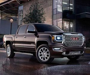 2017 GMC Sierra 1500 Denali Ultimate review, price