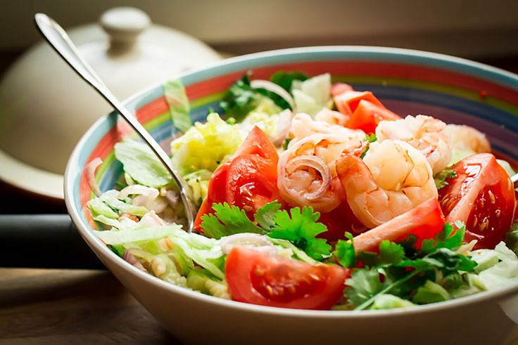 Thai Salad with prawns