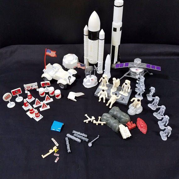 Boley 1998 NASA Space Exploration Playset Incomplete Parts Replacement Mixed Set Moon Walk Astronauts Space Ship Spacemobile