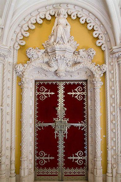 9569 best portes images on pinterest lever door handles - Encadrement porte de garage ...