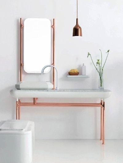 Koper en marmer in de badkamer - Inspiratie! De comeback van koper | ELLE Decoration NL