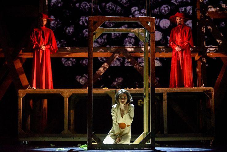 """CONCURS clujescu.ro. Nu rataţi şansa de a câştiga bilete la spectacolul de teatru """"Cocoşatul de la Notre Dame""""!http://clujescu.ro/2017/06/18/concurs-clujescu-ro-2/Detalii despre prima reprezentaţie a piesei poate fi găsită aici: http://clujescu.ro/2017/06/18/concurs-clujescu-ro-2/"""