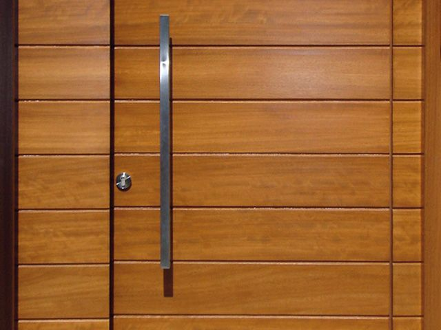 33 best images about puerta de acceso on pinterest - Puertas de madera para entrada principal ...