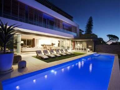 MAGNIFICENT ARCHITECTURAL MASTERPIECE OVERLOOKING THE ENTIRE BAY