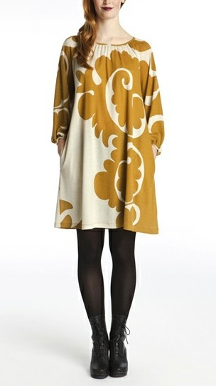 Marimekko dress: love the bold print! Could I make this dress? With large scale lightweight upholstery fabric??
